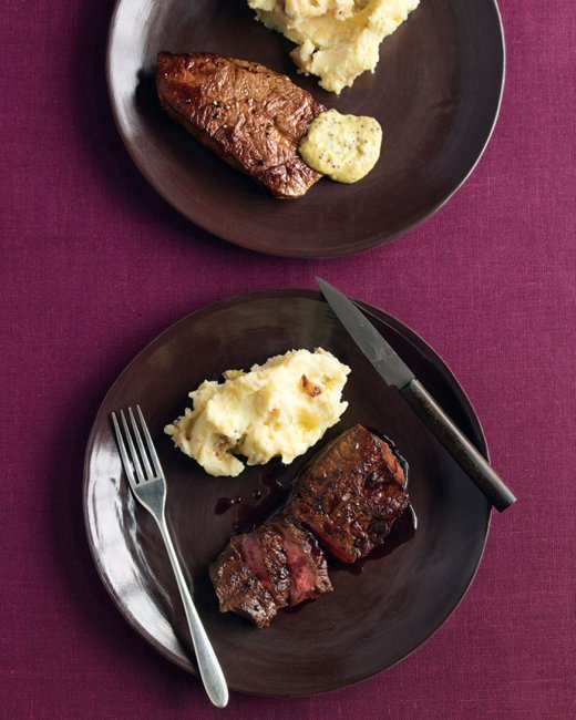 med104169_1108_steak_plate_vert